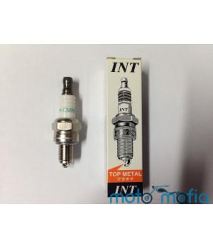 Свеча INT H-CMR6 для бензопил.