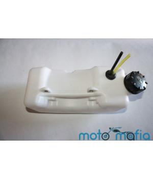 Бензобак мотокосы с прямой горловиной